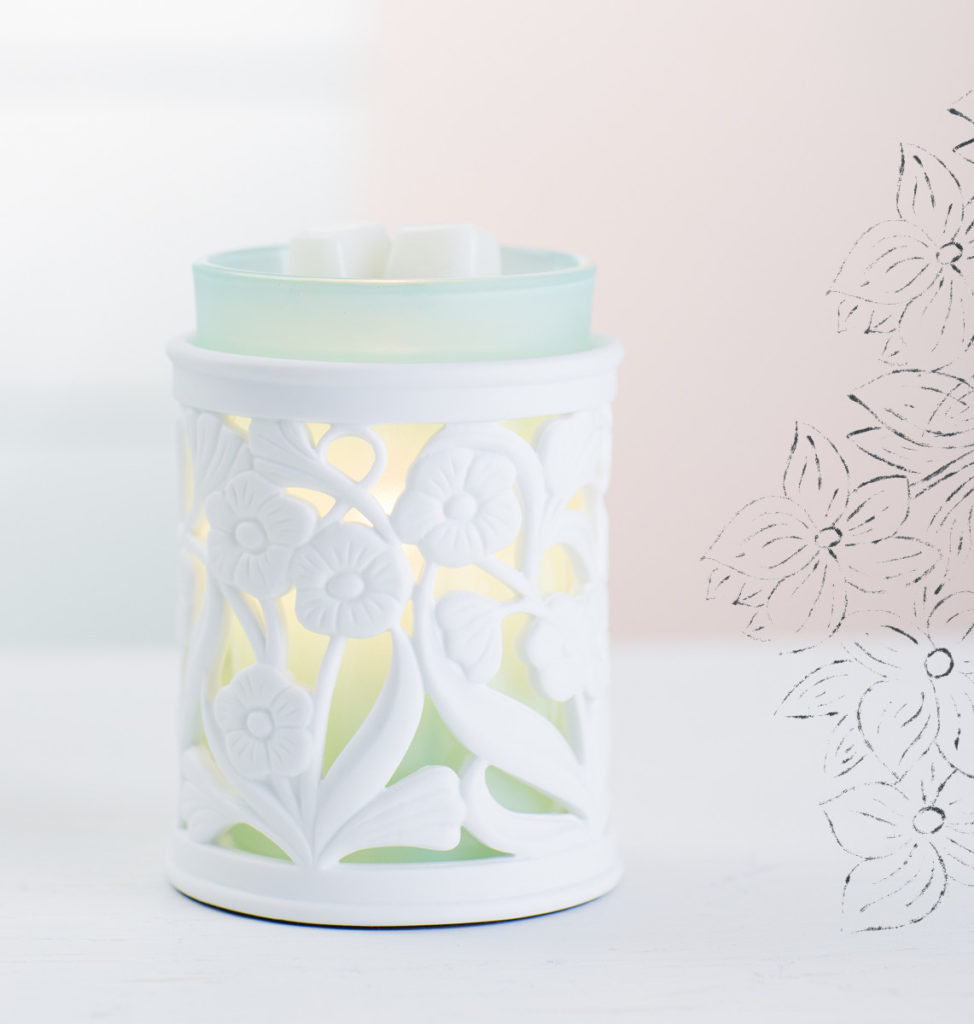 Scentsy Warmer of the Month Entwine April 2017